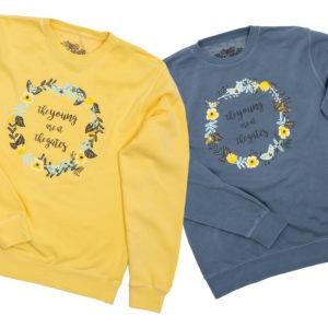 2 sweatshirts